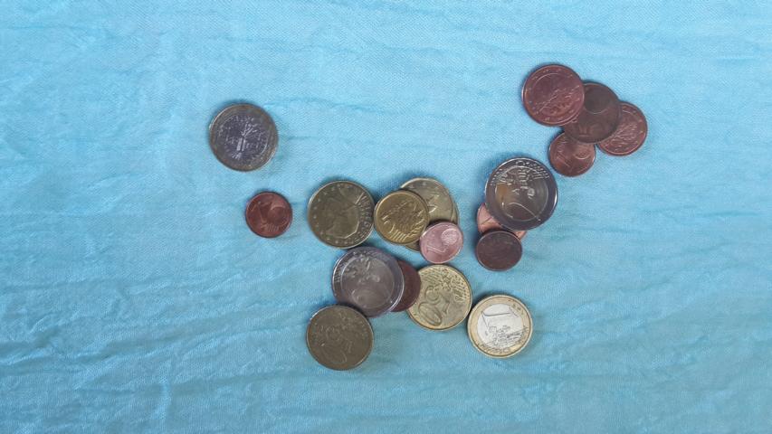 Finanzielle Engpässe Und Berufliche Blockaden