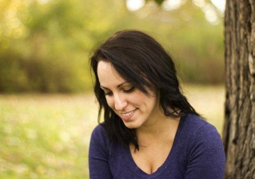 Anne Kathrin Frihs unterstützt in ihrem Business Coaching Frauen, die in ihrer Selbständigkeit und Berufung an innere Grenzen stoßen.